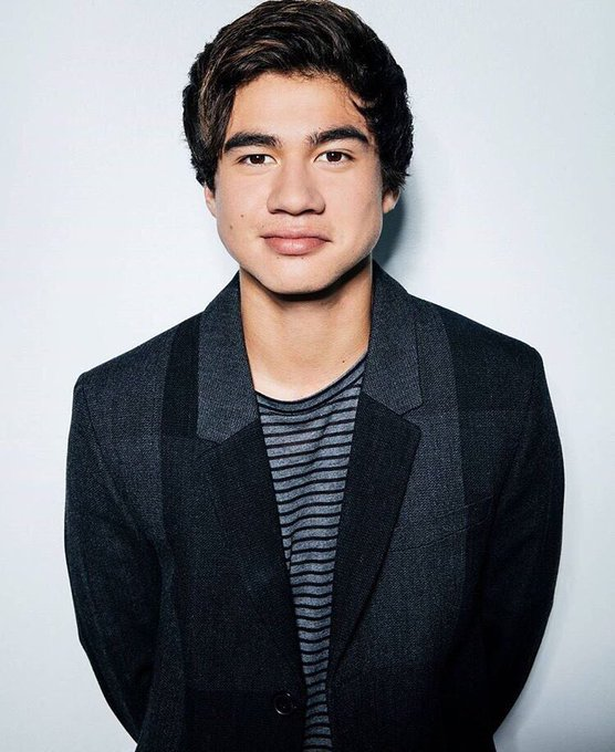 Happy Birthday to the best bassist in town Mr Calum Hood