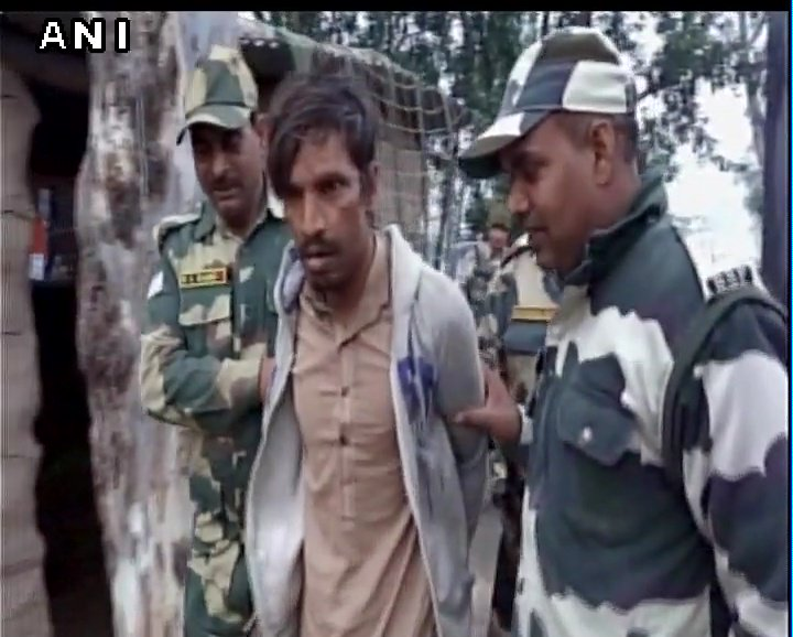 J&K: BSF apprehended a Pakistani national near International Border in RS Pura sector, earlier today
