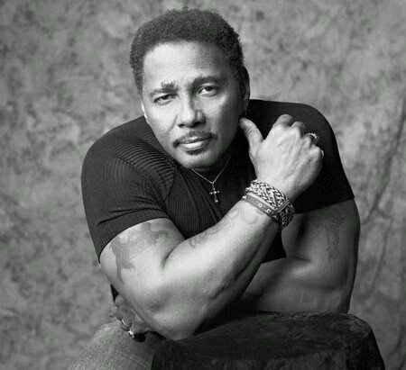 Happy birthday Aaron Neville.