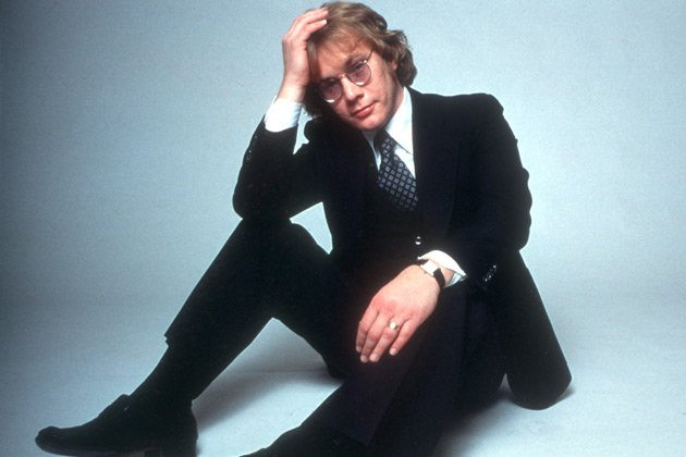 Happy birthday to the late Warren Zevon, who would have been 70 today: