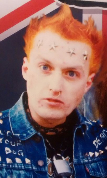Happy 60th Birthday Vyvyan aka Edmondson :-))