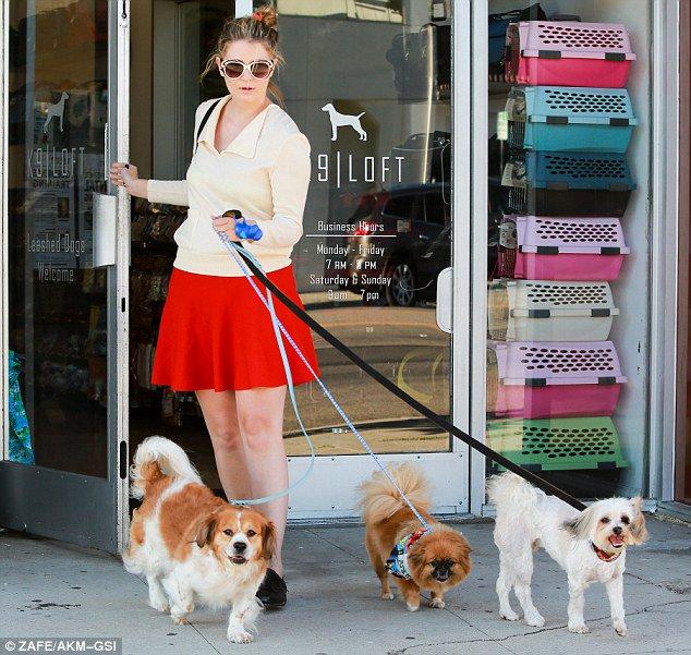 Happy birthday to model, dog lover and actor Mischa Barton.
