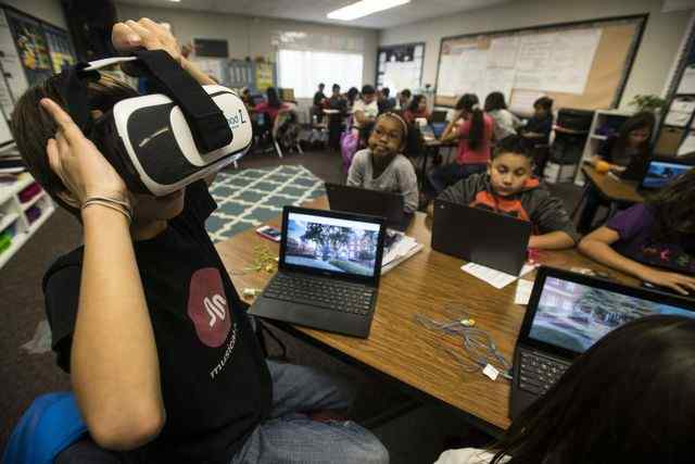 Virtual reality takes students on field trips to DC, volcanos and China