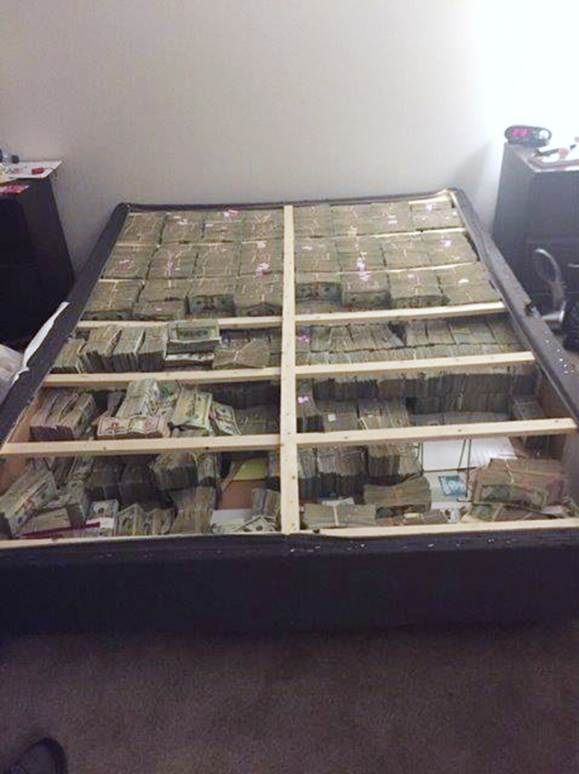 Box spring stuffed with $20,000,000 in cash seized during Mass. laundering investigation, officials say. https://t.co/KuKpSI75AK