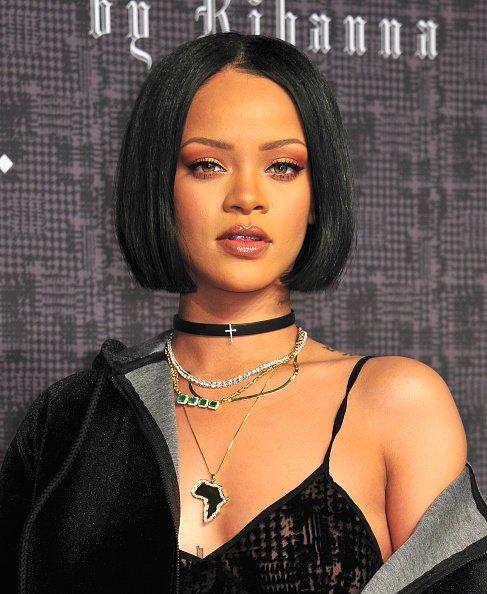 Rihanna has released a new perfume from her line RiRi! https://t.co/5IIju8Wxrz