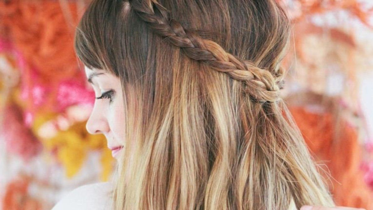 Quick and gorgeous day-to-night hairstyles you can do in the office https://t.co/Dpakzwsej1