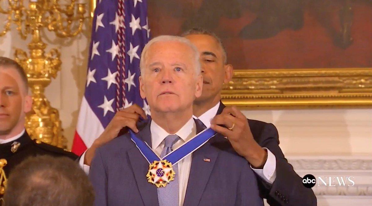 President Obama surprised Joe Biden with the Medal of Freedom today. https://t.co/nE5pjsxJJK