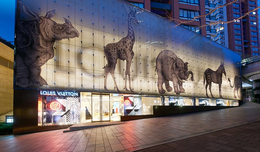RT @OPENERS_jp: ルイ・ヴィトン 六本木ヒルズ店にアフリカのアニマルが出現! https://t.co/hvAJbGM8Dn #LOUISVUITTON #ヴィトン #チャップマンブラザーズ #六本木ヒルズ #fashion #openers https://t.…