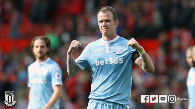 Happy Birthday to Glenn Whelan who turns 33 today!