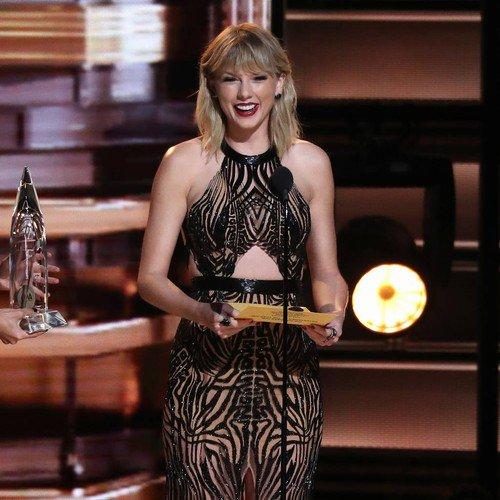 Taylor Swift teases Zayn Malik video as she wishes him happy birthday