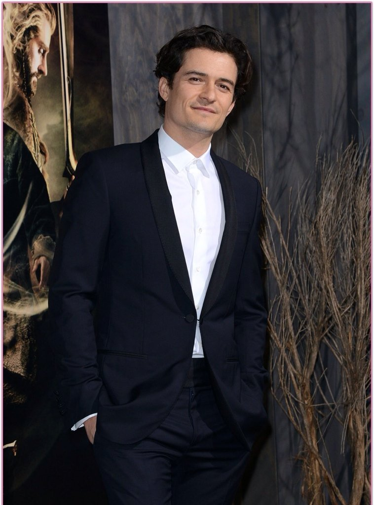 Happy Birthday Orlando Bloom and Liam Hemsworth!!