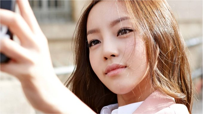 Well, of course. happy birthday to our miracle, Goo Hara. hope she\ll come back soon.