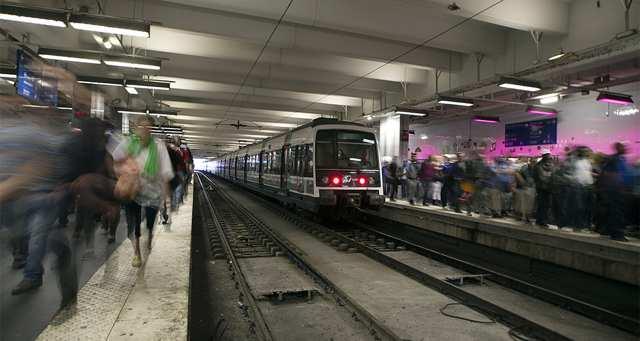 La présence de particules fines dans le RER très supérieure à celle des rues parisiennes https://t.co/rxsDhvweMh