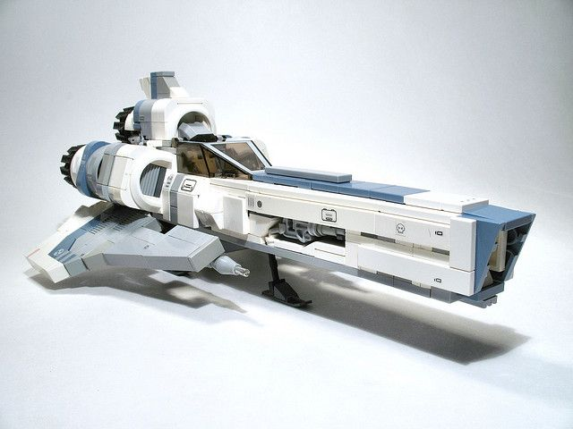 Now THIS is some cool LEGO https://t.co/7KthOM27my