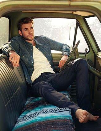 Happy Birthday to Liam Hemsworth!