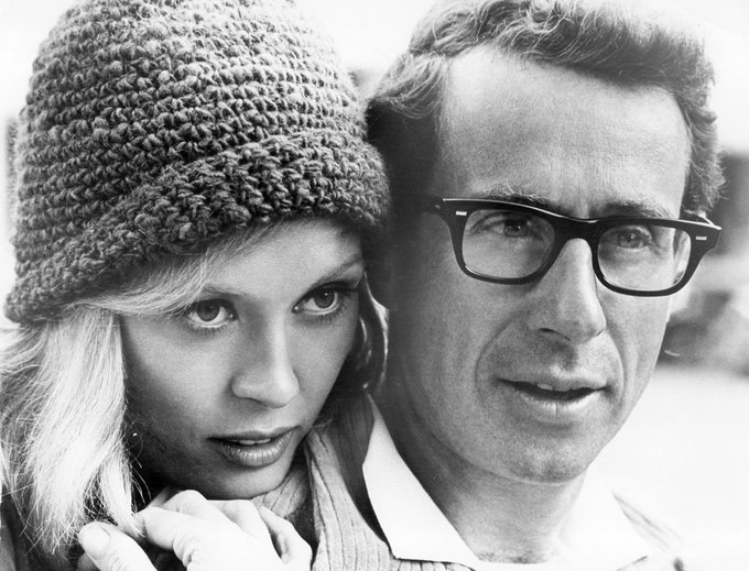 Happy birthday to the great Faye Dunaway, seen here w/ Arthur Penn on the set of \Bonnie and Clyde\ (1967).