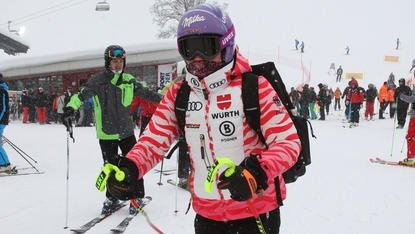 Snowfall delays Austria women's World Cup downhill