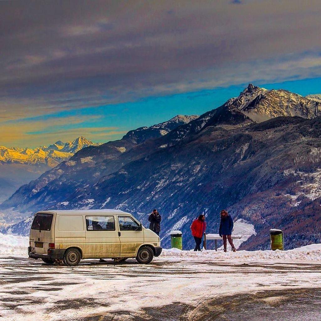 test Twitter Media - Beryl and crew in The Alps #thealps #switzerland #vwt4 #ontgeroad #travel #campervan #volkswagen #holiday #van #vw … https://t.co/LoVzMuLMpQ