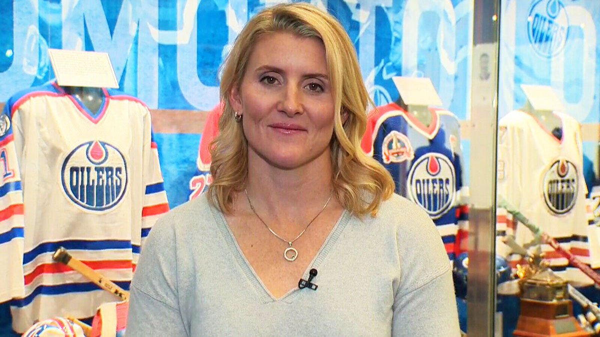 After a storied career on the rink, Hayley Wickenheiser hints at off-ice role with NHL