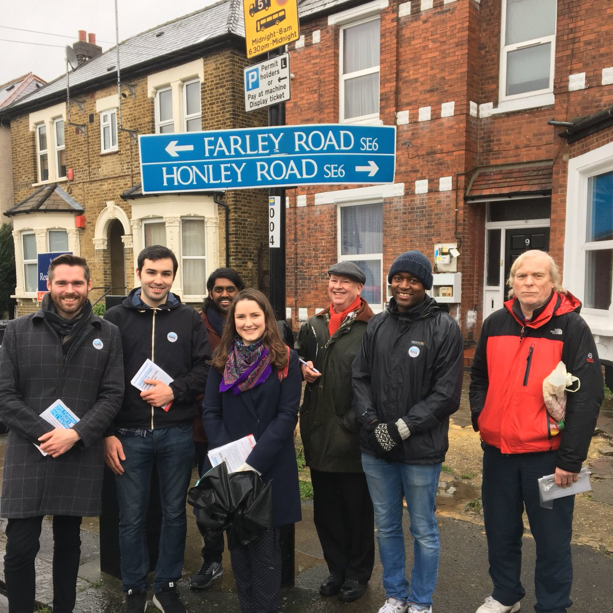 RT @tomcopley: First #labourdoorstep of 2017 in Rushey Green, despite the rain https://t.co/kZ2qMHvOUO