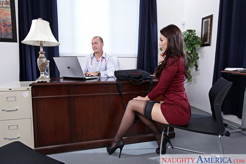 """1 pic. New scene for """"Naughty Office"""" with stud 😇😍🙏🏼💦"""