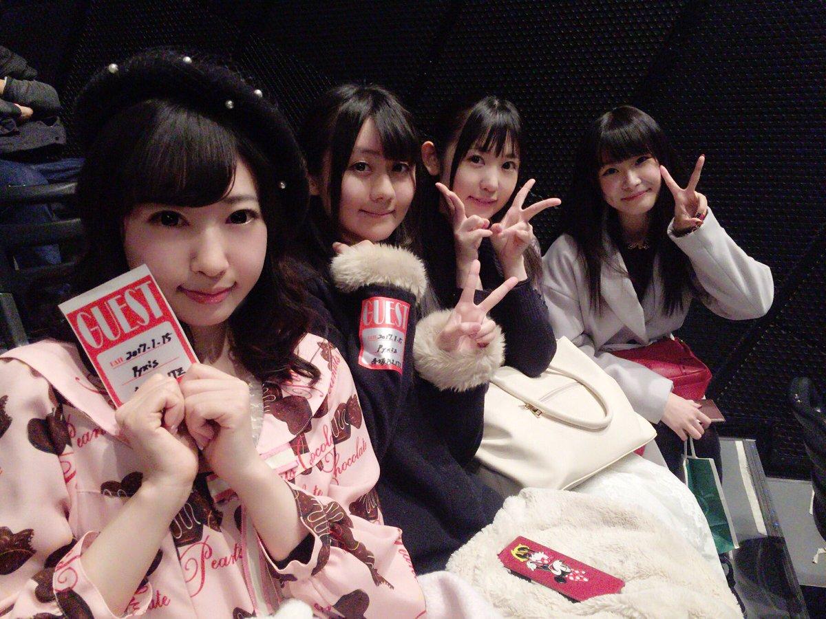 アイメモのメンバーでPyxisライブ来たで〜!☻もえし(  )応援団美来ちゃん(  )も可愛かったー!