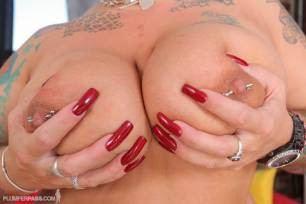 ibJJB6rEz8 #live #sex #freak #show #kink #domination #taboo #raceplay #milf #bbw #fetish