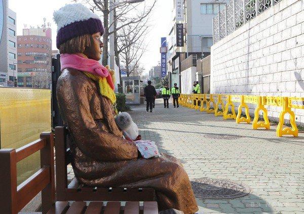 慰安婦像が韓国でキャラクタービジネスに? 慰安婦像一体を作ると製作者には340万円の収入 《古森 義久》 #JBpress https://t.co/nqCClrM2uI https://t.co/03AyokLAG4