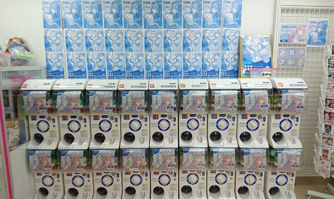 3F【先行販売】話題の月曜日のたわわから、缶バッジコレクションガチャが登場!本日より先行販売を行います☆BDも同日発売!