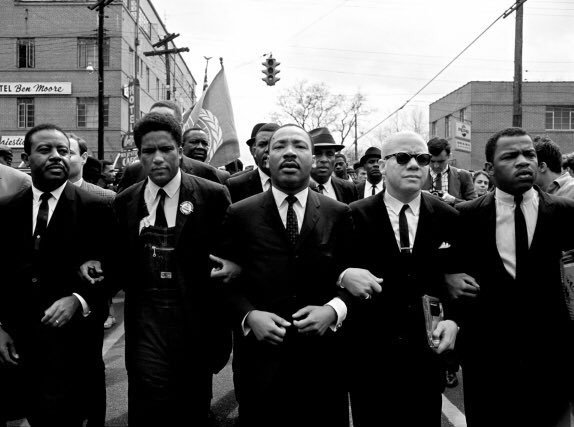 Today would be MLK's 88th birthday. Here he is with John Lewis. https://t.co/JduPyaDOlF