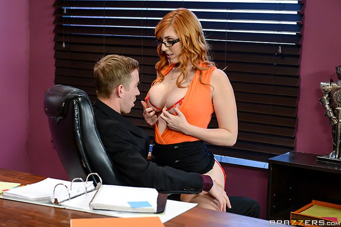"""1 pic. #NewZZ """"The New Girl: Part 2"""" (this time with anal for real) @LaurenFillsUp  https://t.co/LobfhZw1L2"""