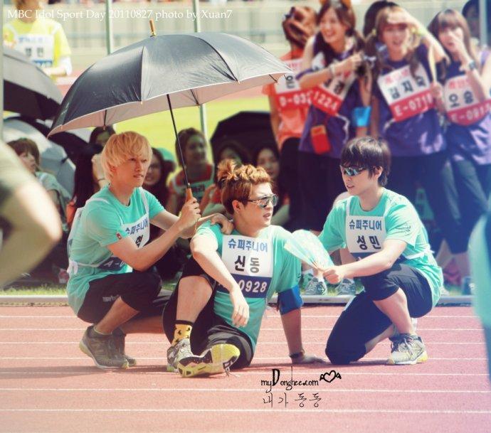 [THROWBACK] 110827 Idol sports day #Shindong  Like a Boss ������ [Mydonghee] https://t.co/Vu45wtLOpU