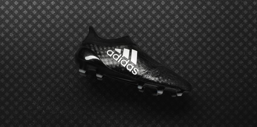Pure speed. 🔥The Chequered Black #X16.  Now available online & select stores; https://t.co/QBZQzE32uN #NeverFollow https://t.co/lGdAbdGcZQ