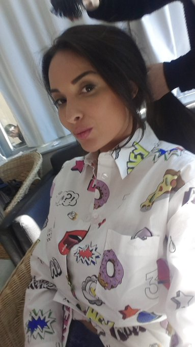 1 pic. Do you like my crazy shirt for @sexart https://t.co/Du9T5a3fXi