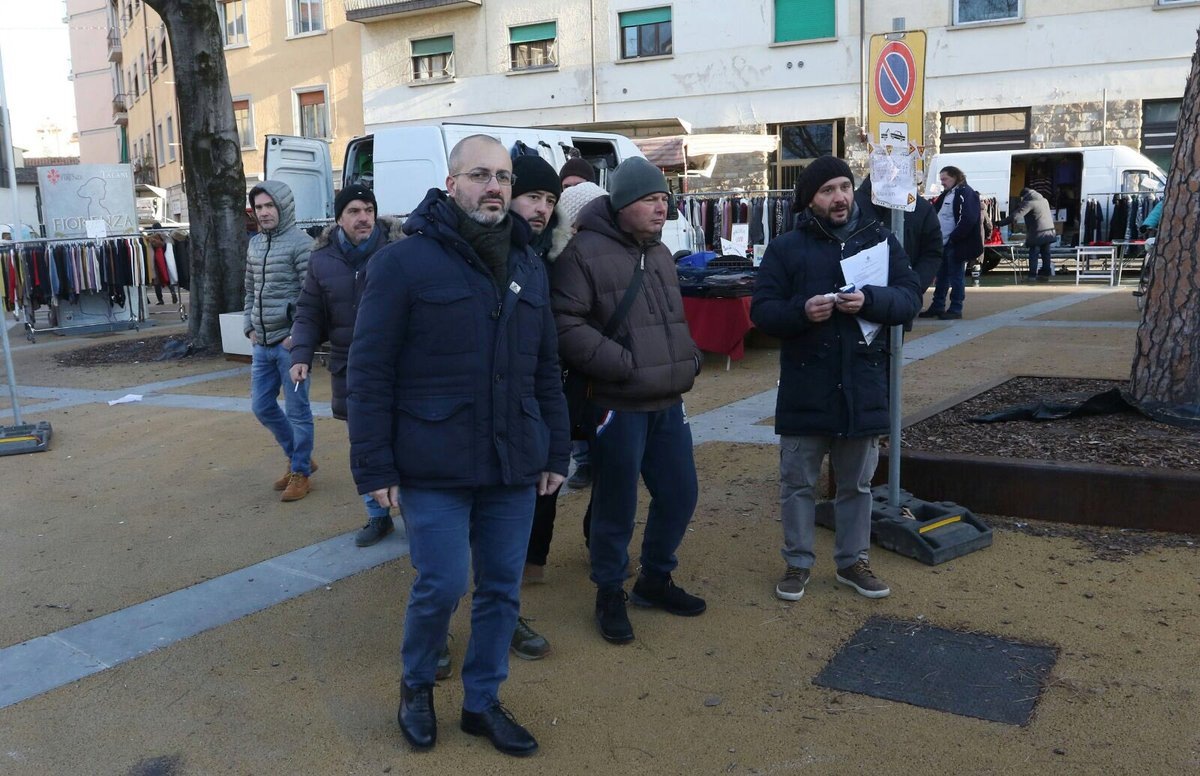 """RT @giobettarini: Ecco il nuovo mercato di piazza Dalmazia, più bello e funzionale. E con posto per tutti! @comunefi https://t.co/cSwee72hYG<a target=""""_blank"""" href=""""https://t.co/cSwee72hYG""""><br><b>Vai a Twitter<b></a>"""