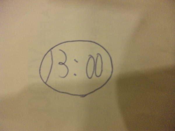 同僚のメモにカッバの顔が描いてある、と思ったら「13:00」を丸で囲んだものだった。 https://t.co/mb6mBeM3oB