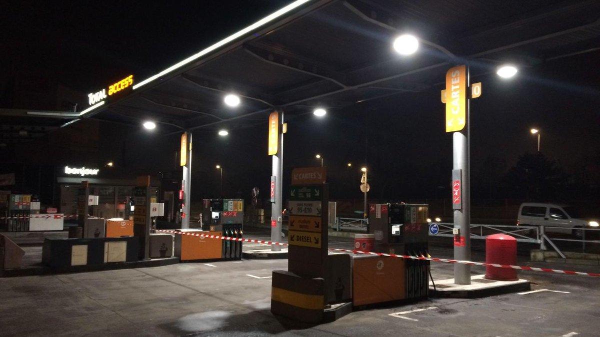 A lille rue neuve etam remplac par nike et un - Station essence porte des postes lille ...