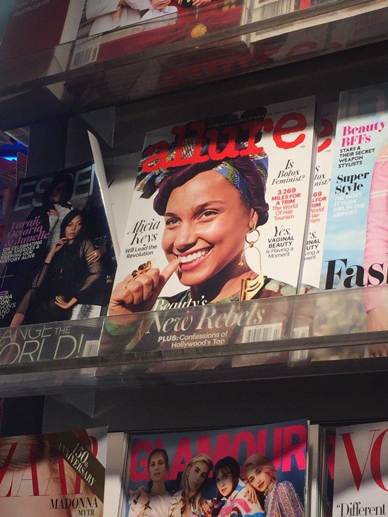 Alicia Keys (@aliciakeys) on the cover of the February issue of Allure Magazine - #AllureMagazine #AliciaKeys https://t.co/egkUVMiTVf