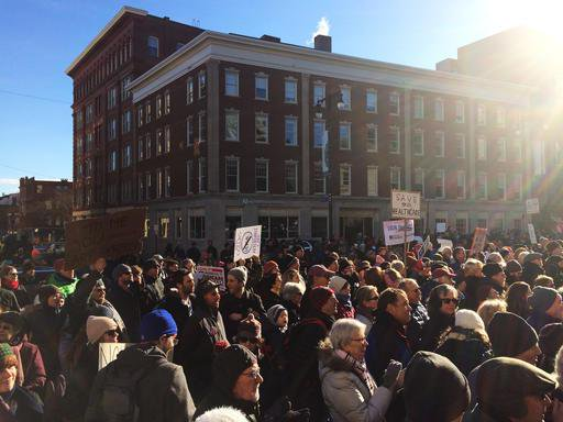 Thousands attend US rallies to support Obama health law