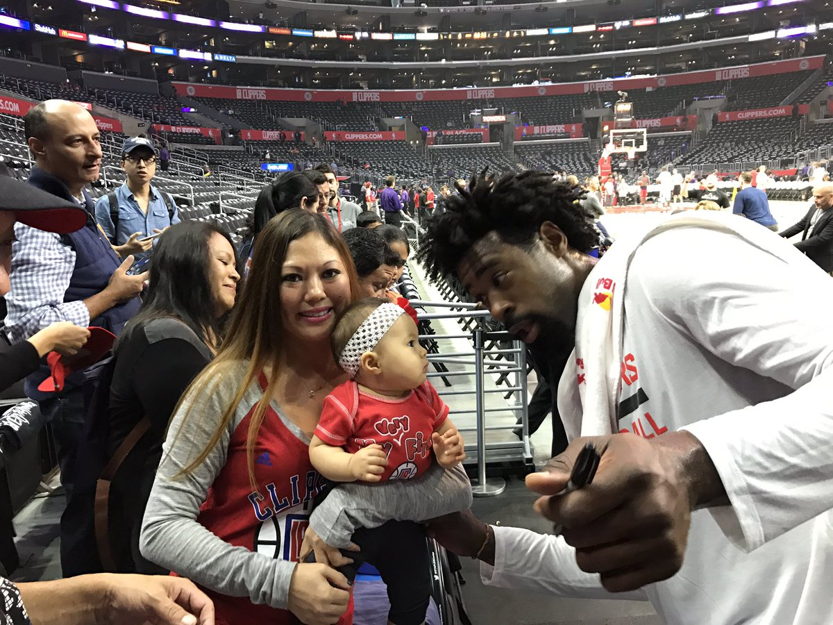 Need our @LAClippers big man at the NBA All Star Game. DeAndre Jordan #NBAVote https://t.co/eUjEA9viZI