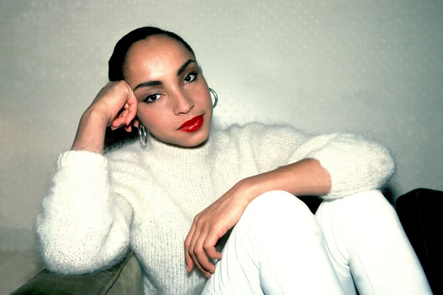 Happy 58th birthday, Sade! We're taking a look at her effortless style moments that made a mark: https://t.co/s6FzK2sLJL