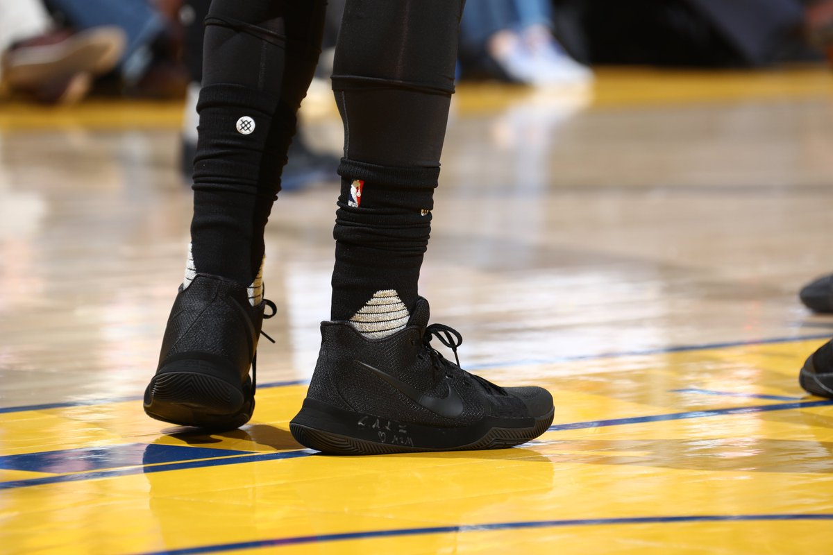 kyrie irving in the all black nike kyrie 3 pe vs. golden state in