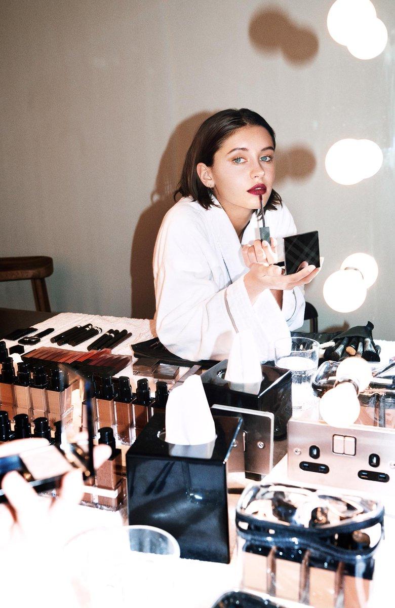 Behind the scenes. Campaign star #IrisLaw wears new whipped #LiquidLipVelvet in #Oxblood https://t.co/Qa2IbVuMem https://t.co/LuFJLWXFYa