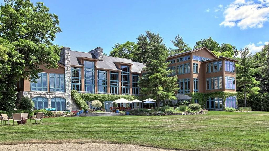 Lakefront Traverse City home listed for nearly $9 million