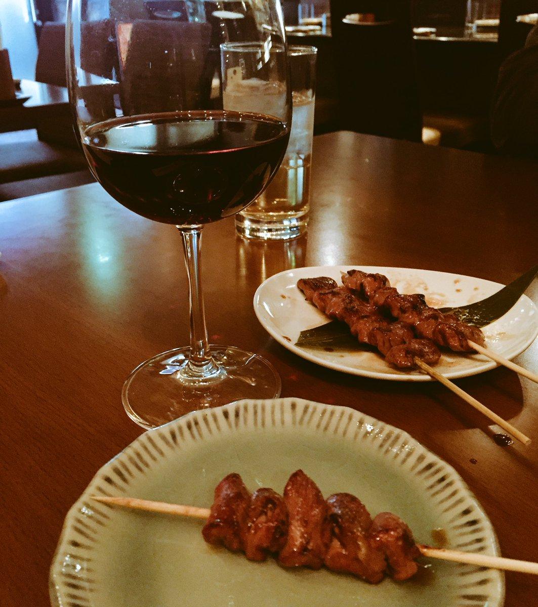 好きな人と、美味しいもの食べて、美味しいお酒を飲むだけで大体の事はどうでもよくなるな。 https://t.co/YJDnW2eQgp