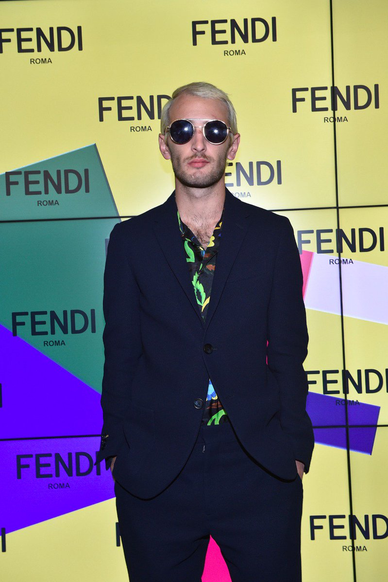 We had a blast with Hopper Jack Penn at the #FendiFW17 fashion show. #MFW https://t.co/LNKsMJkCEu