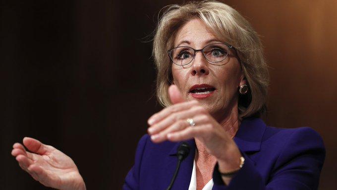 Trump education pick DeVos promotes school choice at confirmation hearing  https://t.co/UbwgWvJMrJ #TrumpTransition