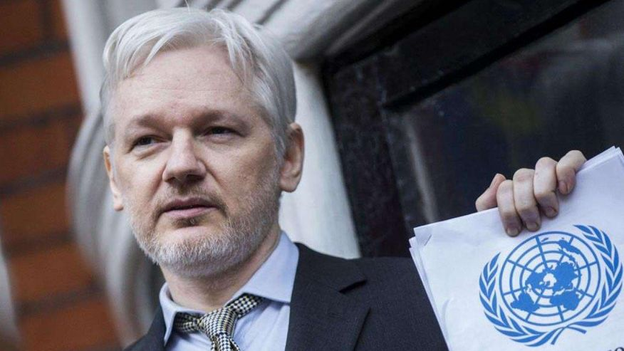 Chelsea Manning's reduced sentence could strengthen Assange's case, former prosecutor says