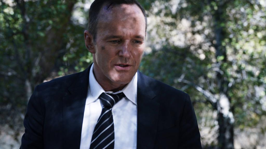 """""""He doesn't have inhuman powers. He doesn't have powers at all."""" -Coulson #AgentsofSHIELD"""