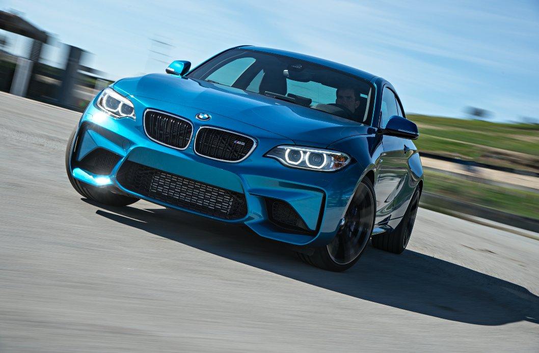 La potenza di una passione. #BMW #M2 https://t.co/7qk6LhlVmE